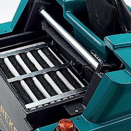 FILTERING EFFICIENCY XTREMA COMPLETELY HYDRAULIC RIDE-ON SWEEPER