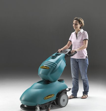 COMPACT WALK-BEHIND SCRUBBER-DRYER E46