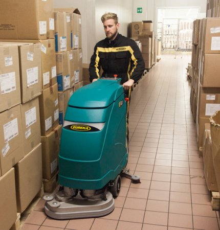 ROBUST STRUCTURE, DURABLE SANDED CHASSIS E61 WALK-BEHIND SCRUBBER-DRYER